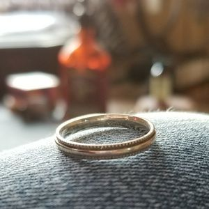 Jewelry - Sterling Silver Milgrain Band Ring Size 6